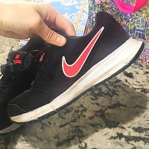 Nike Downshifter 6, Size 7